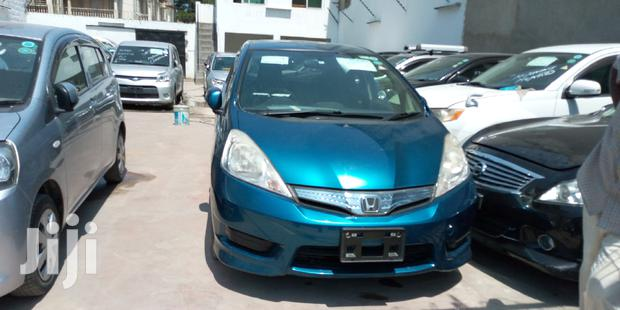 Archive: Honda Fit 2013 Blue
