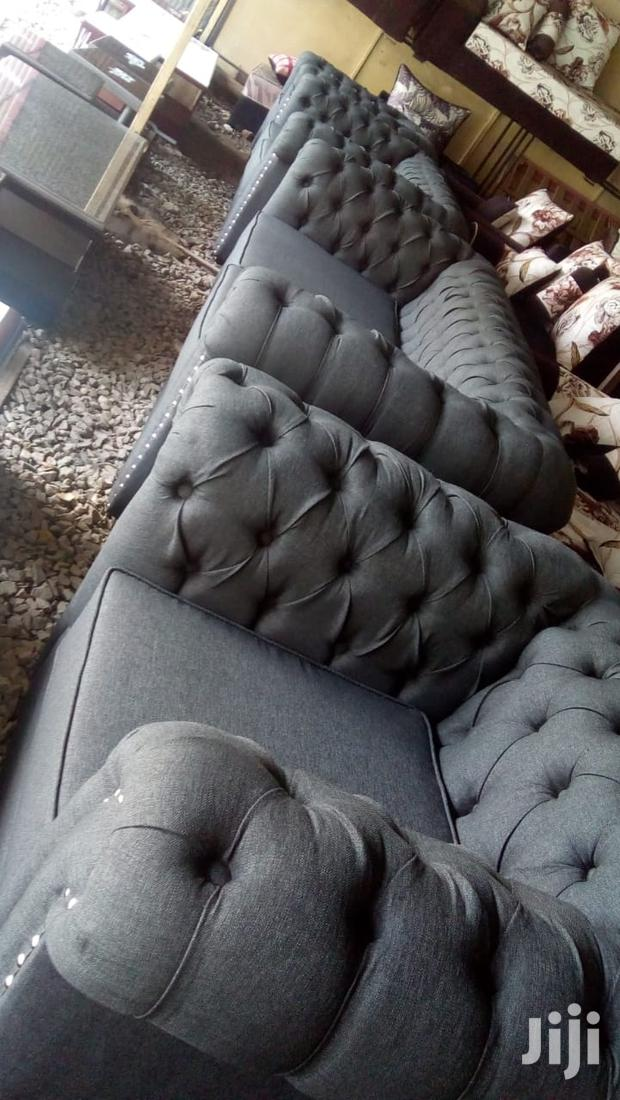 Archive: Luxurious Sofa Sets